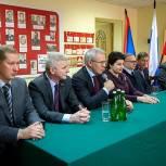 Депутат Госдумы Вячеслав Фетисов посетил три предприятия в городском округе Подольск