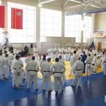 Партийцы оказали поддержку тренерам по дзюдо в поездке на семинар