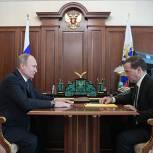 Путин поручил Медведеву проанализировать выполнение указов от мая 2012 года