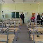 Андрей Голубев: Строители делают всё, чтобы открыть новую школу к 1 сентября
