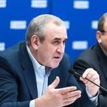 «Единая Россия» соберет глав своих фракций на форум в августе