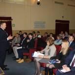 В НАО участники дискуссии выступили за создание программы привлечения молодежи на село