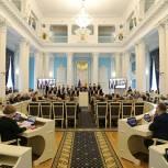 Вопросы государственной символики России обсудили в областной Думе