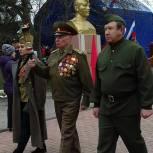 Праздничные концерты, шествия со свечами и мастер-класс по изготовлению символа Победы