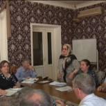 Депутат Гамид Аскерханов подарил участковым больницам Хасавюртовского района компьютеры