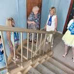 В рамках партпроекта «Школа грамотного потребителя» в Королёве проверили ход ремонта подъездов