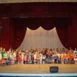Акция «Собери ребенка в школу»: Депутаты от «Единой России» помогли юным жителям Заводского района подготовиться к учебному году