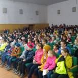 Вадим Смагин организовал гастроли театра кукол «Сказка» на своем округе