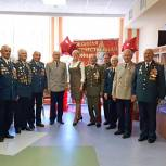 Одинцовские сторонники партии поздравили детский сад «Жемчужинка» с годовщиной открытия