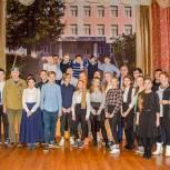В Одинцово сторонники Партии организовали для школьников встречу с ветераном локальных войн Ренатом Шафиковым