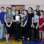 Алексей Малофеев поздравил победителей эстафеты по борьбе и самбо