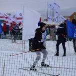 «Единая Россия» принимает участие в лыжных гонках в Базарном Карабулаке