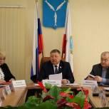 Депутаты «Единой России» хотят дать возможность детям-сиротам получать соцвыплаты на покупку жилья