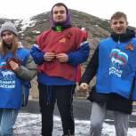 В Омсукчане партийцы дали старт акции «Георгиевская ленточка»
