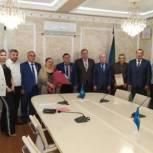 Заслуги педагога из Хасавюрта отметили депутаты Народного Собрания РД