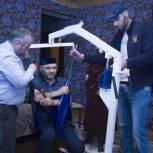Инвалидам Ботлихского района вручили подъемные аппараты