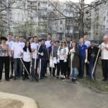 Команда Сергея Кулакова личным примером призывает сыктывкарцев держать город в чистоте