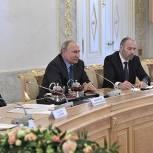 Путин: Россия преодолела трудности в экономике от санкций