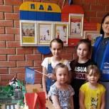 Партийцы Реутов провели занятия для детсадовцев на тему безопасности дорожного движения