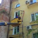 Константин Юров помог жителям Краснофлотского района с проблемами по электроснабжению