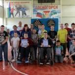 Партийцы Сосногорска поздравили молодёжь