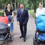 Секретарь королёвской «Единой России» проверил ход благоустройства парка у ДиКЦ «Костино»