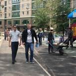 Единороссы Ростокина проинспектировали ход работ по благоустройству районного сквера