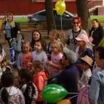 В Нижегородском вручили грамоты самым активным семьям