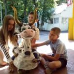 «Здоровое будущее»: В детских лагерях Саратова прошли занятия с актером и диетологом