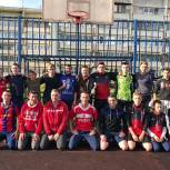 В деревне Шабурново прошел турнир по футболу среди дворовых команд на кубок Александра Легкова