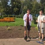 Щёлковские молодогвардейцы помогли в подготовке школы к учебному году