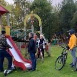 В День отказа от автомобиля подмосковные единороссы совершили рейды на велосипедах в своих муниципалитетах