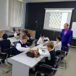 Представители «Единой России» приняли участие в открытии центров «Точка Роста» в районах области