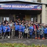Единороссы Солнечногорья в рамках партийного проекта «Чистая страна» приняли участие в субботнике
