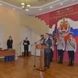 Депутаты вручили награды сотрудникам полиции