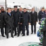 Дмитрий Медведев посетил социальные объекты в селе Санниково