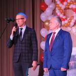Единороссы поздравили микуньчан с 60-летием города