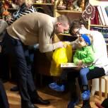 Михаил Ждан посетил благотворительный фонд помощи «Виктория»
