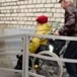 Партия добилась установки пандуса для пенсионера из Хабаровска