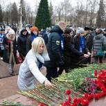 Лыткаринские Единороссы приняли участие в возложении цветов