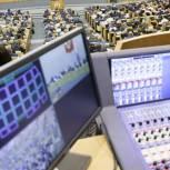 Госдума приняла во II чтении законопроект о возвращении курилок в аэропорты