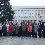 Памятная акция на Аллее Славы прошла в районе Раменки