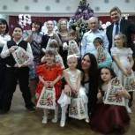 Воркутинские единороссы поздравили воспитанников отделения социальной реабилитации несовершеннолетних