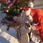 Молодогвардейцы Барнаула при поддержке Ивана Нифонтова организовали для ребят Железнодорожного района новогодний праздник