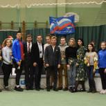 Жуковские партийцы поздравили участников детско-юношеского соревнования по легкой атлетике