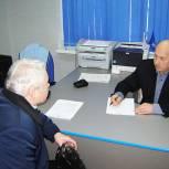 Анатолий Василевич провел приемы граждан в Темкинском и Вяземском районах