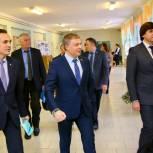 Николай Брыкин провел военно-патриотическую встречу со школьниками Левобережья