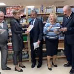 Депутат Мособлдумы Владимир Шапкин посетил выставку, посвящённую, Дню Победы
