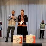 Единороссы поздравили театр моды «Кокетка» Рязанского района с 20-летием