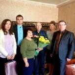 В Калининске активисты Партии поздравили ветерана войны с 94-летием